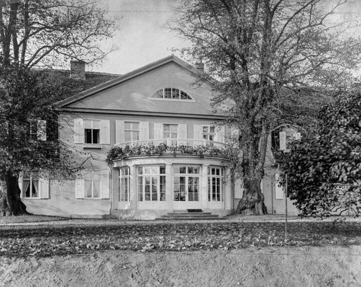 B3 | Umbau, Instandsetzung und Modernisierung eines unter Denkmalschutz stehenden Landhauses | 14469 Potsdam