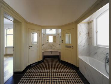 W11 | Umbau, Instandsetzung und Modernisierung einer unter Denkmalschutz stehenden Villa | 14193 Berlin