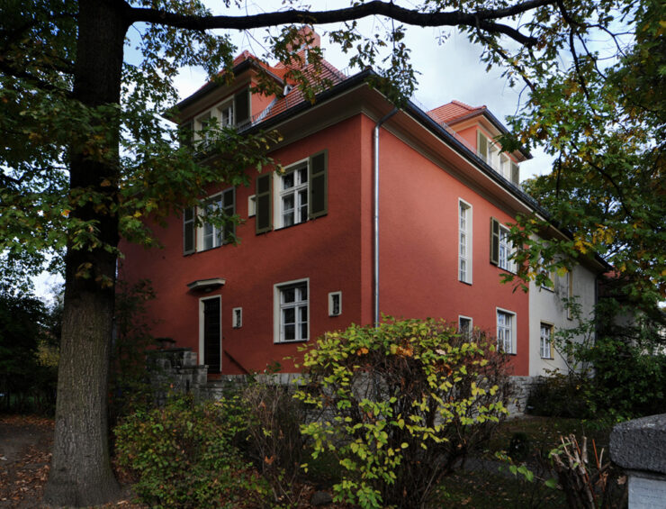 T111 | Ausbau des Dachgeschosses einer unter Denkmalschutz stehenden Doppelhaushälfte | 14195 Berlin