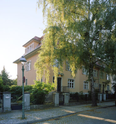 B30 | Ausbau des Dachgeschosses eines unter Denkmalschutz stehenden Reihenendhauses | 14195 Berlin